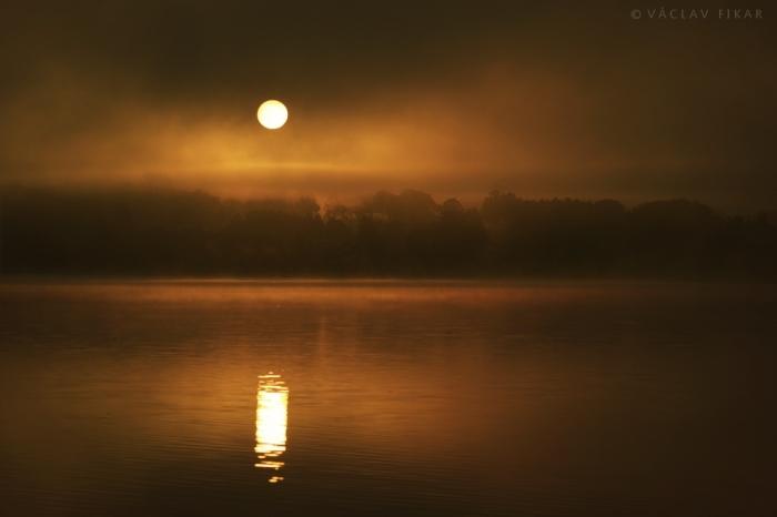 Východ slunce / Sunrise