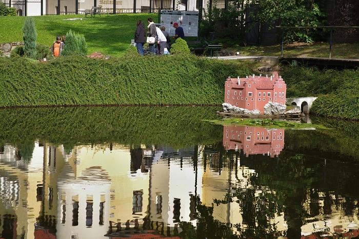 Keywords: Mariánské Lázn?;Park Boheminium;Václav Fikar