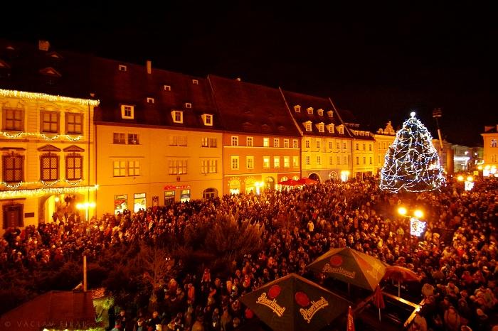 Rozsvícení vánočního stromu a zahájení Chebských vánočních trhů 2017