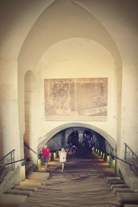 Největší skalní pevnost v Evropě. Saský předobraz Hlásky v Helmově žlebu?