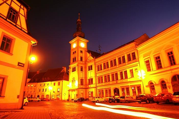 loket - náměstí