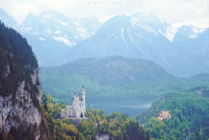 Pohádkový zámek v Alpách