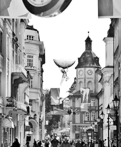 Plzeň (jako by ulici zdobil Dalí)