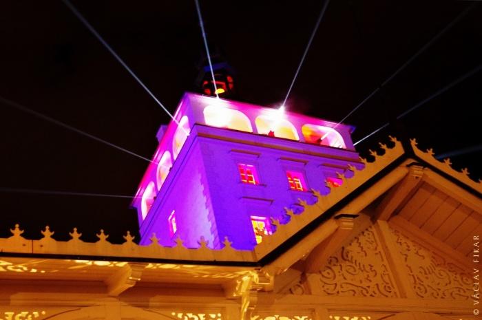 Zámecká věž v Karlových Varech (Vary září)
