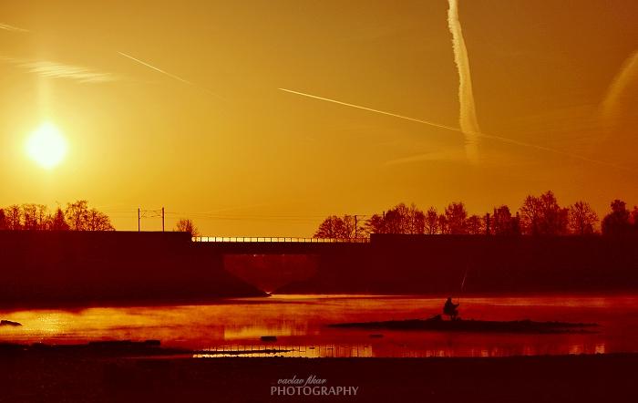 Východ slunce nad Jesenicí